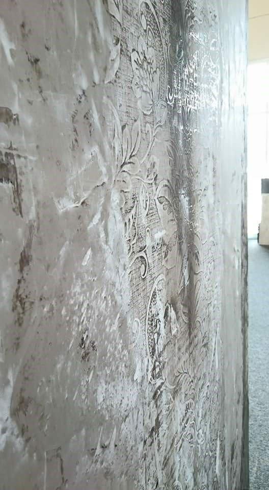 Stucco Gesso, geprägt und gepudert
